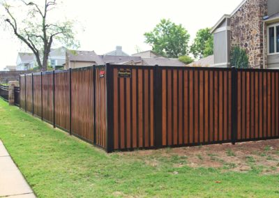 H-Trac FenceTrac Privacy Fence