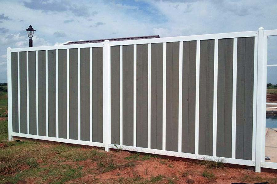 Gallery of Residential & Commercial Privacy Fence Ideas