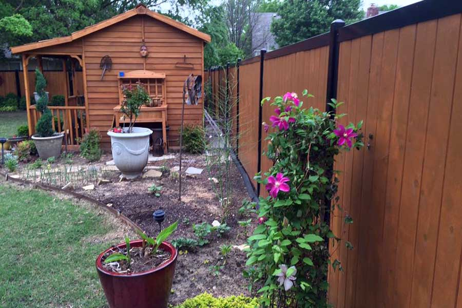 Cute Privacy Fence for Backyard