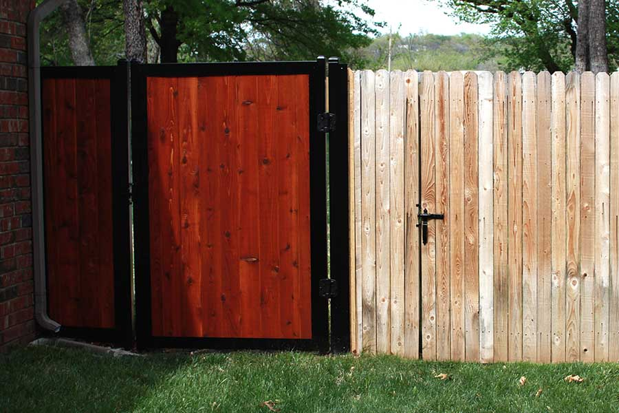 11 Backyard Fence Ideas Beautiful Privacy For People Pets And
