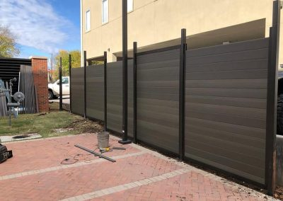Horizontal Commercial Poly Vinyl Privacy Fence Metal Frame
