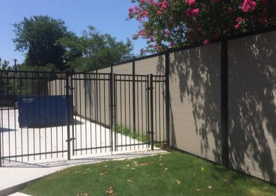 Horizontal Pool Privacy Fence With Metal Frame