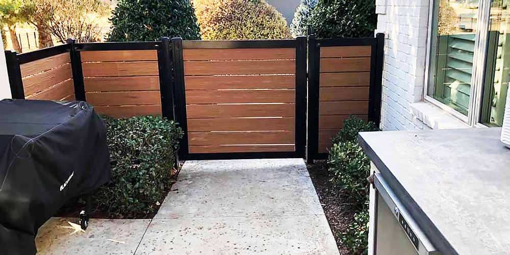 Beautiful Metal & Wood Walkway Gate
