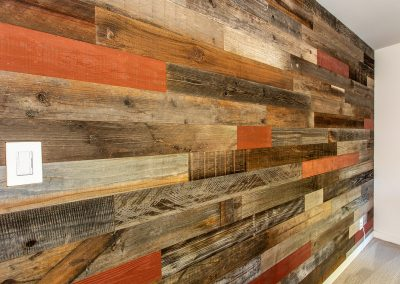 Rewoodd Reclaimed Wood Horizontal Wall Planks