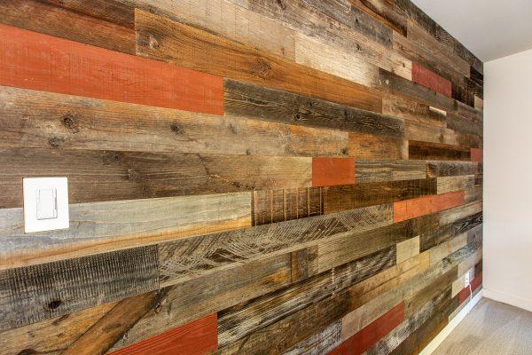 Rewoodd Reclaimed Wood Horizontal Wall Planks