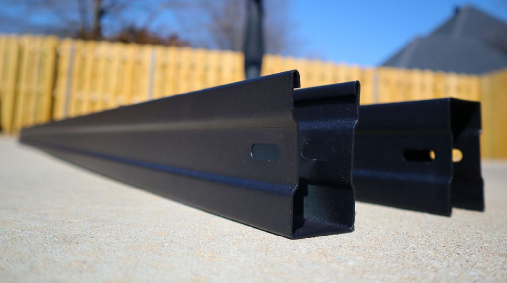 FenceTrac Metal Frame Fence Kit Top Bottom Rails